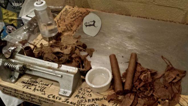 cigar roller station proc