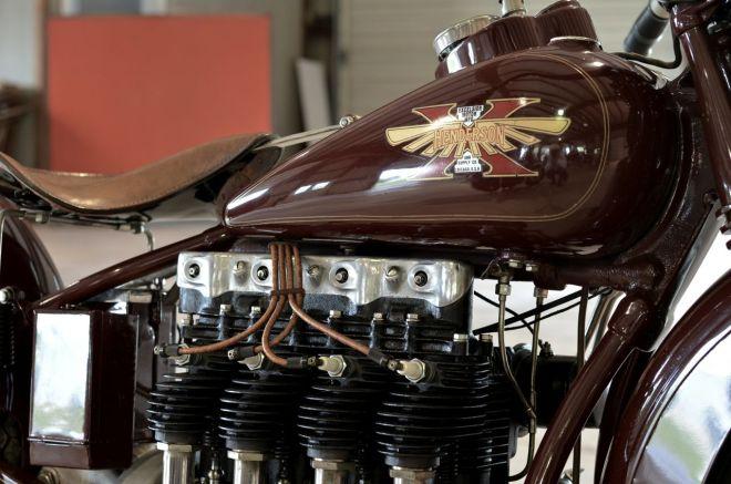 Excelsior Mfg 4-Cylinder screamer