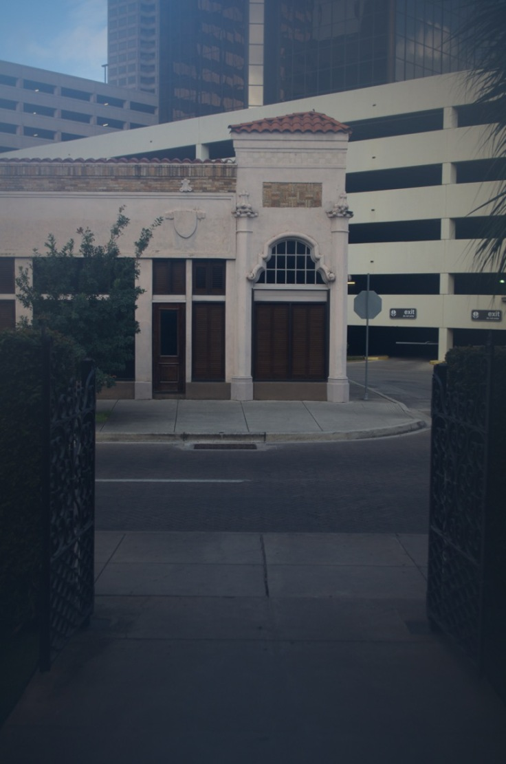 Havana Gates