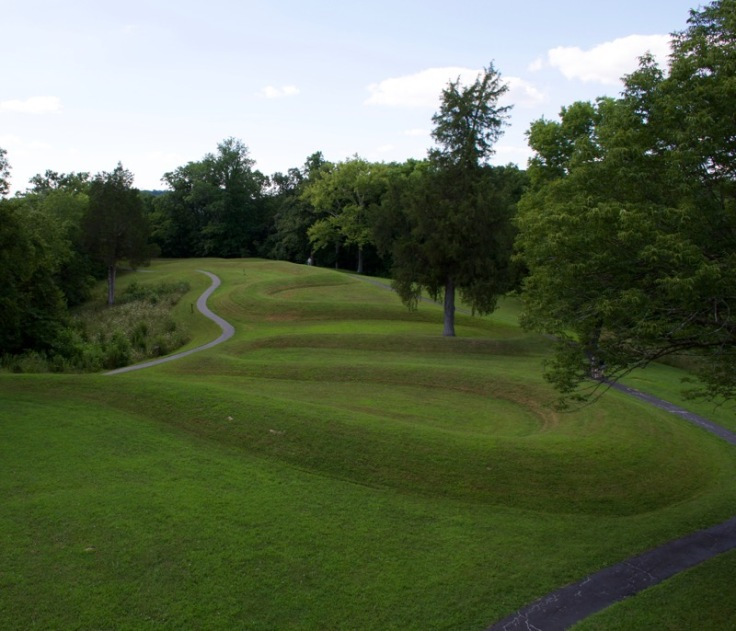 Serpent Mound Memorial